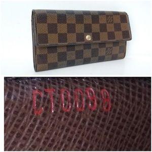 Auth Louis Vuitton Sarah DE Wallet 10 Card Slots